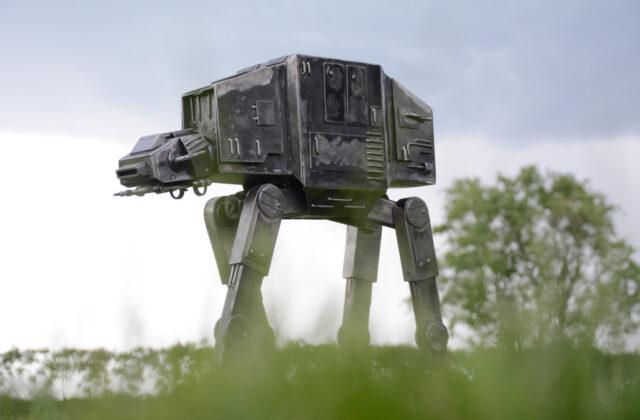Gwiezdne Wojmy - Fabryka robotów Moszna