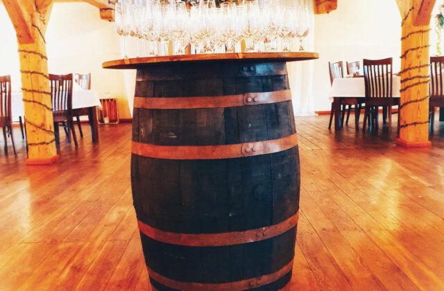 rustykalna beczka po whisky