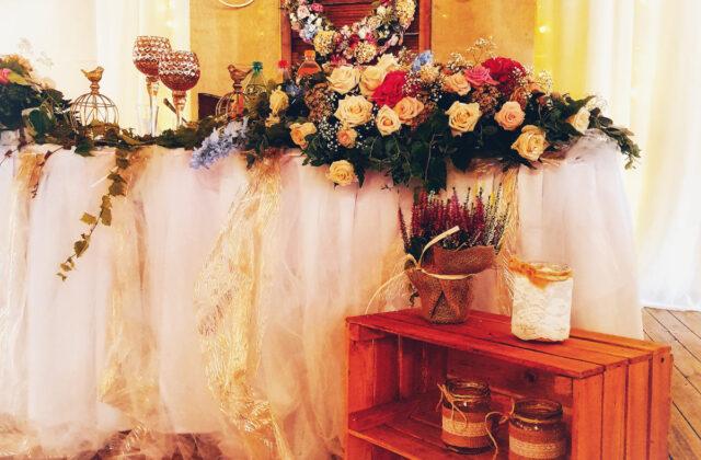 stół młodych - rustykalne wesele