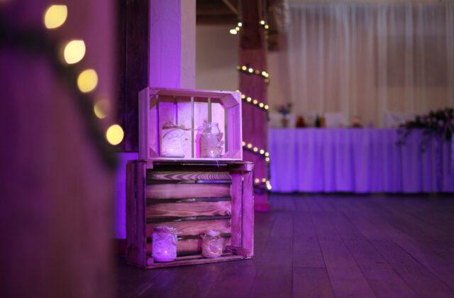sala weselna i skrzynka