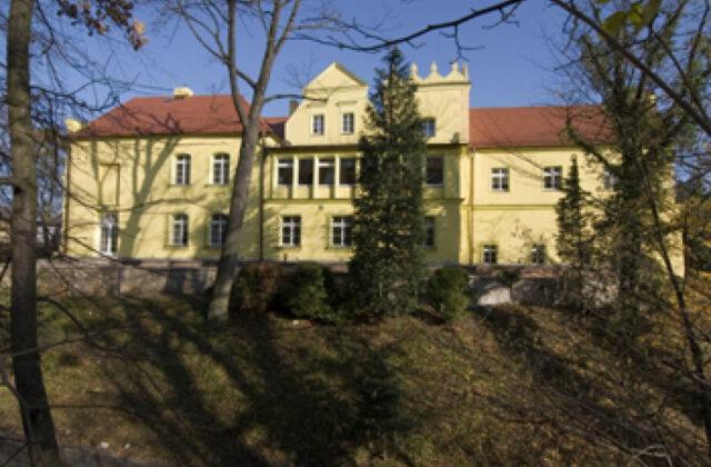 zamek Rogów Opolski