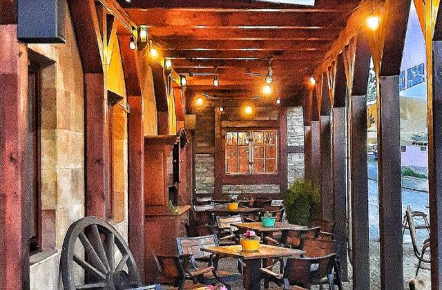 ogródek restauracji Zamkowy Młyn